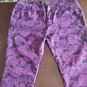 Women's Black w/purple roses size 13 skinny jeans